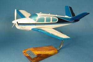 maquette d'avion Beech Aircraft Bonanza V35 - Civil - 33 cm Pilot's Station Quirao idées cadeaux