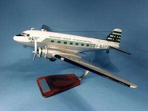 maquette d'avion Douglas DC-3 T.A.I  F-BJUT - 58 cm Pilot's Station Quirao idées cadeaux