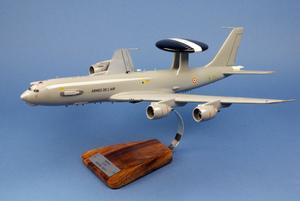 maquette d'avion E-3F Sentry  EDCA 36 escadre - 47 cm Pilot's Station Quirao idées cadeaux