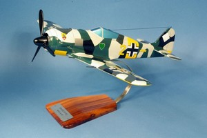 maquette d'avion Focke-Wulf  FW.190A H.Sterr JG74 Pilot's Station Quirao idées cadeaux