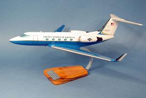 maquette d'avion Gulfstream III C-20 - USAF - 46 cm Pilot's Station Quirao idées cadeaux