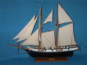 maquette de bateau, voilier, runabout Harvey peint - (coque 60 cm) Old Modern Handicrafts Quirao idées cadeaux