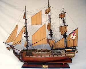 maquette de bateau, voilier, runabout HMS Surprise - (coque 80  cm) Old Modern Handicrafts Quirao idées cadeaux