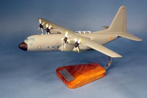 maquette d'avion Lockheed C-130H Hercules  - 2/61 Franc-Comt - 38 cm Pilot's Station Quirao idées cadeaux