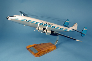 maquette d'avion Lockheed L-1649A Starliner Luxair LX-LGY Pilot's Station Quirao idées cadeaux