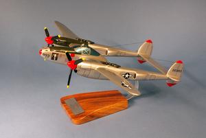 maquette d'avion Lockheed P-38.J Lightning  Marge  R.Bong - 38 cm Pilot's Station Quirao idées cadeaux
