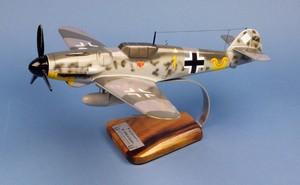 maquette d'avion Messerschmitt BF-109G6  E.Hartmann  Pilot's Station Quirao idées cadeaux