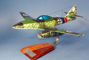 maquette d'avion Messerschmitt Me.262 Schawlbe - Luftwaffe Pilot's Station Quirao idées cadeaux