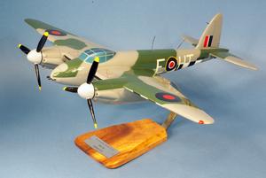 maquette d'avion Mosquito FB.VI - RAF - 51 cm Pilot's Station Quirao idées cadeaux