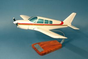 maquette d'avion Piper PA.28 Arrow  - Civil - 43 cm Pilot's Station Quirao idées cadeaux