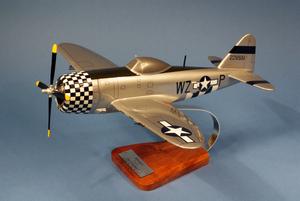 maquette d'avion Republic P-47.D Thunderbolt - USAAF - 42 cm Pilot's Station Quirao idées cadeaux