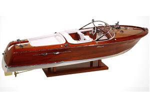 maquette de bateau, voilier, runabout Riva Aquarama 1/10 - 82 cm - Licence Officielle Riva Kiade Quirao idées cadeaux