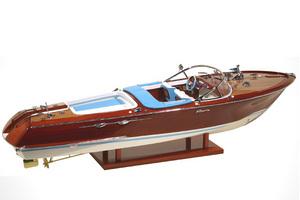 maquette de bateau, voilier, runabout Riva Aquarama Special 1/15e - 58 cm - Licence Officielle Riva Kiade Quirao idées cadeaux