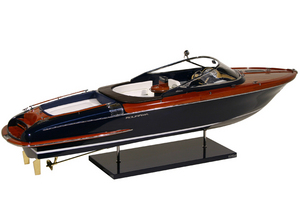 maquette de runabout riva aquariva 84 cm. Black Bedroom Furniture Sets. Home Design Ideas