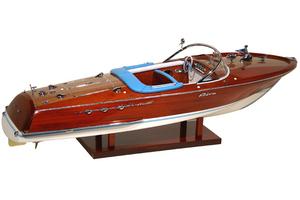 maquette de bateau, voilier, runabout Riva Super Ariston 1/10 - 69 cm - Licence Officielle Riva Kiade Quirao idées cadeaux