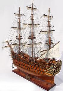 maquette de bateau, voilier, runabout Royal Louis - (coque 80 cm) Old Modern Handicrafts Quirao idées cadeaux