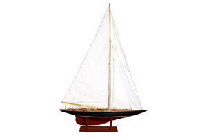 maquette de bateau, voilier, runabout Shamrock V - 75 cm Kiade Quirao idées cadeaux