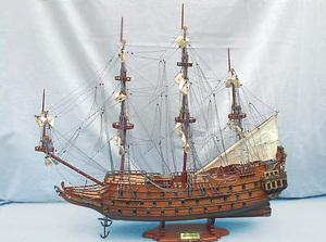 maquette de bateau, voilier, runabout Souverain  (coque 80 cm) Old Modern Handicrafts Quirao idées cadeaux