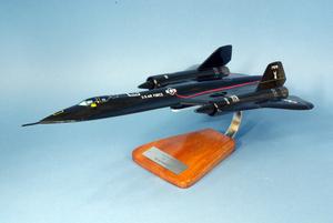 maquette d'avion Lockheed SR.71 A Blackbird -NASA - 43 cm Pilot's Station Quirao idées cadeaux
