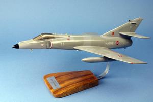 maquette d'avion Dassault Super Etendard M 11&17F- 42 cm Pilot's Station Quirao idées cadeaux