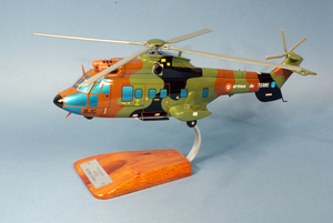maquette d'helicoptère Super Puma AS.332 - Armée française Pilot's Station Quirao idées cadeaux