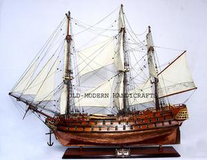 maquette de bateau, voilier, runabout Superbe coque cuivre (coque 80 cm) Old Modern Handicrafts Quirao idées cadeaux