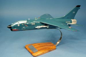 maquette d'avion Vought F-8E Crusader 12..F- 41 cm Pilot's Station Quirao idées cadeaux