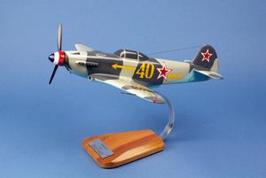 maquette d'avion Yak 3 - GC.3  Normandie Niemen - 39 cm Pilot's Station Quirao idées cadeaux