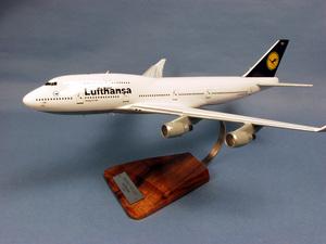 maquette d'avion Boeing 747-400 Lufthansa - 47 cm Pilot's Station Quirao idées cadeaux