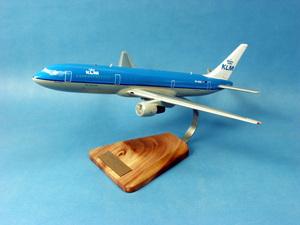 maquette d'avion Boeing 767-300ER KLM Pilot's Station Quirao idées cadeaux
