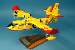 maquette d'avion Canadair CL-415 Protezione Civile - 52 cm Pilot's Station Quirao idées cadeaux