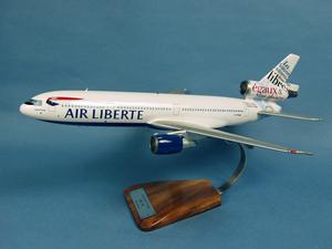 maquette d'avion Douglas DC-10-30 Air Liberté droits de l homme Pilot's Station Quirao idées cadeaux