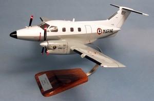 maquette d'avion Embraer 121 Xingu - Flottille 24F - 42 cm Pilot's Station Quirao idées cadeaux