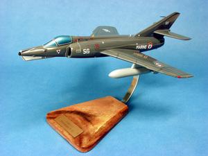 maquette d'avion Dassault Etendard IVM Aéronavale - 41 cm Pilot's Station Quirao idées cadeaux