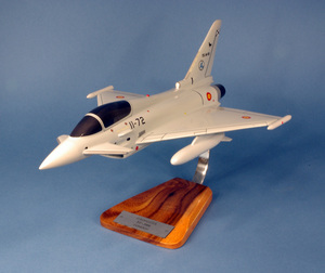 maquette d'avion Eurofighter EF-2000 Typhoon Twin - Spanish Air Force Pilot's Station Quirao idées cadeaux