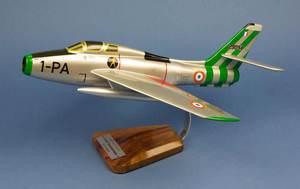 maquette d'avion F-84F Thunderstreak EC 3/1 Argonne 1-PA Pilot's Station Quirao idées cadeaux