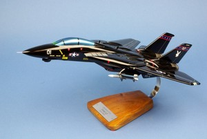 Pewter F14 Tomcat Desk Model