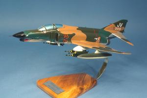 maquette d'avion McDonnell F-4E Phantom II - Vietnam War - 45 cm Pilot's Station Quirao idées cadeaux