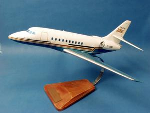 maquette d'avion Falcon 2000 - Civil - 43 cm Pilot's Station Quirao idées cadeaux