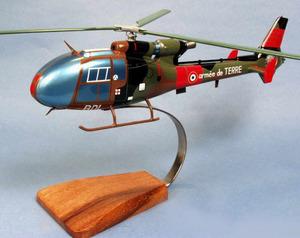 maquette d'helicoptère SA.341F Gazelle Ecole Dax Pilot's Station Quirao idées cadeaux