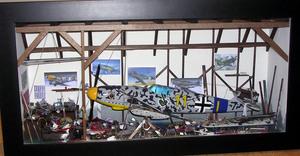 tableau 3d Hangar avion chasse Patrick Richard Quirao idées cadeaux