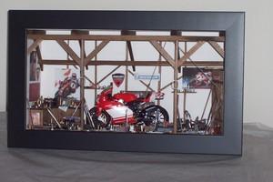 tableau 3d La moto course Patrick Richard Quirao idées cadeaux