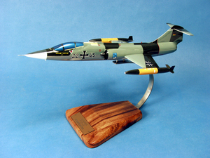 maquette d'avion F-104G Starfighter - Jabo G34  Allgäu - 41 cm Pilot's Station Quirao idées cadeaux
