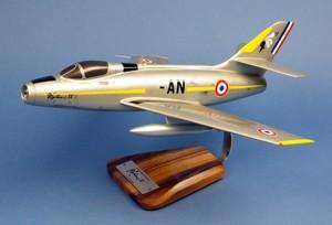 maquette d'avion Mystère IV.A EC 1/7 Provence - 41 cm Pilot's Station Quirao idées cadeaux
