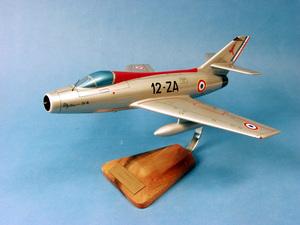 maquette d'avion Dassault Mystère IV.A -2/12 Picardie - 41 cm Pilot's Station Quirao idées cadeaux