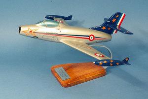 maquette d'avion Dassault 450 Ouragan Patrouille de France - 39 cm Pilot's Station Quirao idées cadeaux