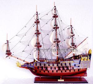 maquette de bateau, voilier, runabout Sovereign of the Seas peint - (coque 80 cm) Gia Nhien Quirao idées cadeaux