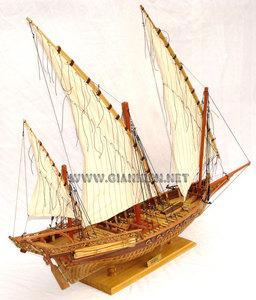 maquette de bateau, voilier, runabout Chébec coque membrures - 80 cm Gia Nhien Quirao idées cadeaux