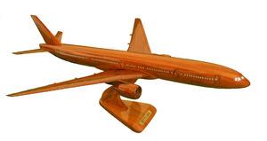 maquette d'avion Boeing 777-300 - 40 cm Replicart-Wood Quirao idées cadeaux