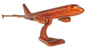 maquette d'avion A 320 - 20 cm Replicart-Wood Quirao idées cadeaux